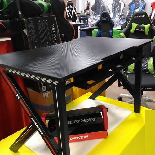 Стол  AKRacing GAMING DESK