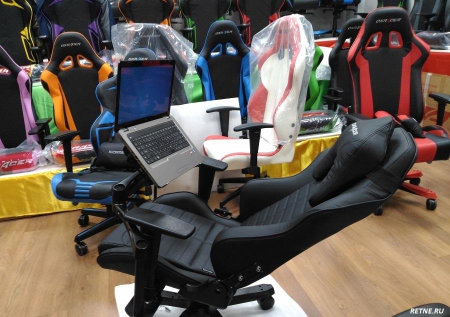 удобное рабочее место от DXRacer